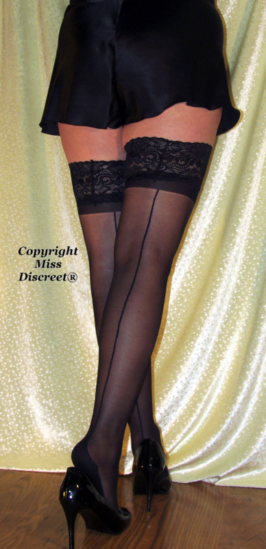 Lace Top 15 Denier RHT Hold Up Women's Stockings in Black with Seams & Cuban Heels One Size